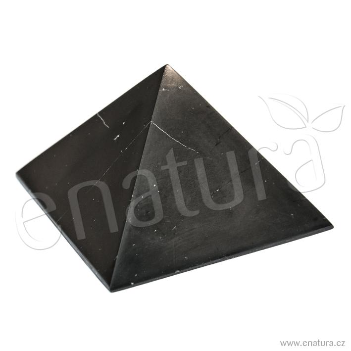 Šungit pyramida leštěná 8×8cm